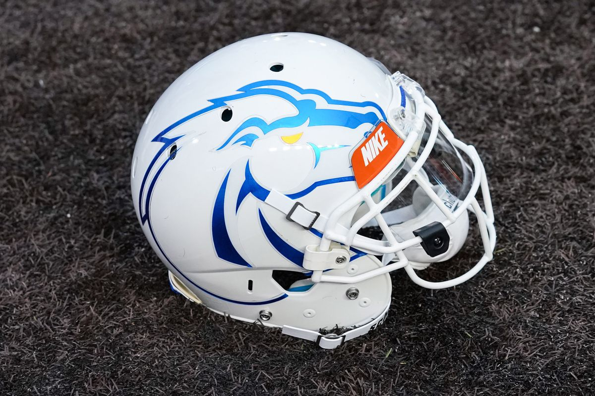 NCAA Football: Boise State at Wyoming