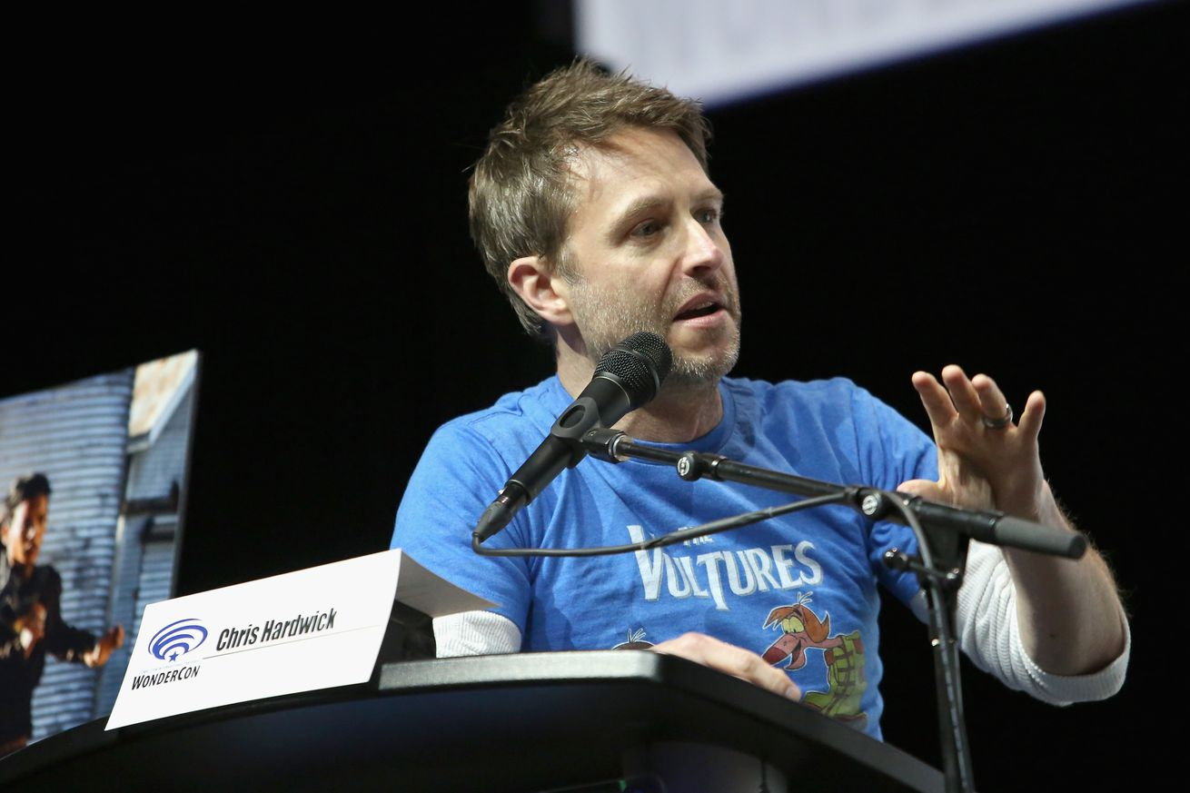 amc is pulling chris hardwick s talk show after abuse allegations