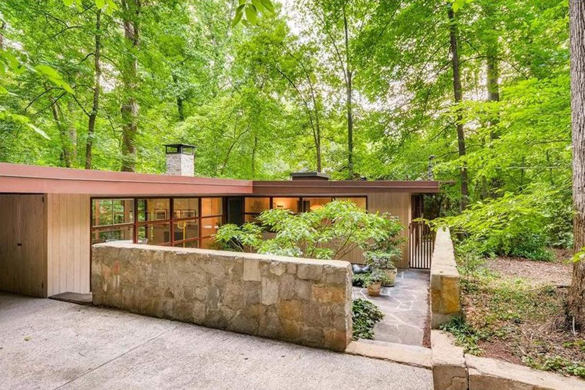 In druid hills midcentury modern treasure is for Mid century modern home plans for sale