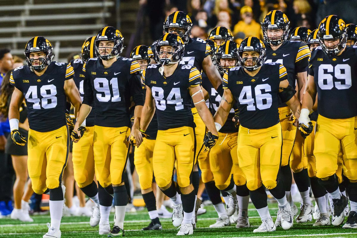 Top Linebacker Recruits 2020.Iowa Football Recruiting Evaluating The Hawkeyes Class Of 2020