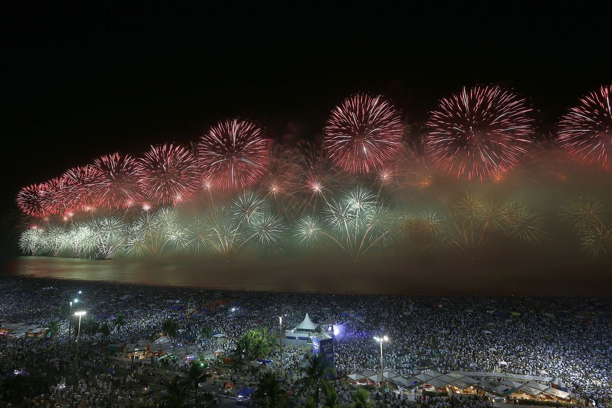 Rio de Janeiro Rings In The New Year