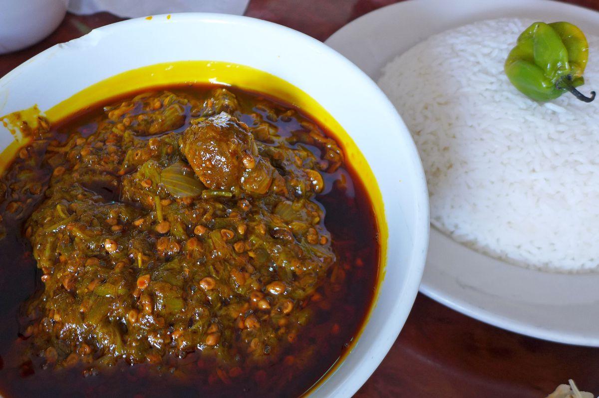 Suppu kandja features lamb in okra sauce.