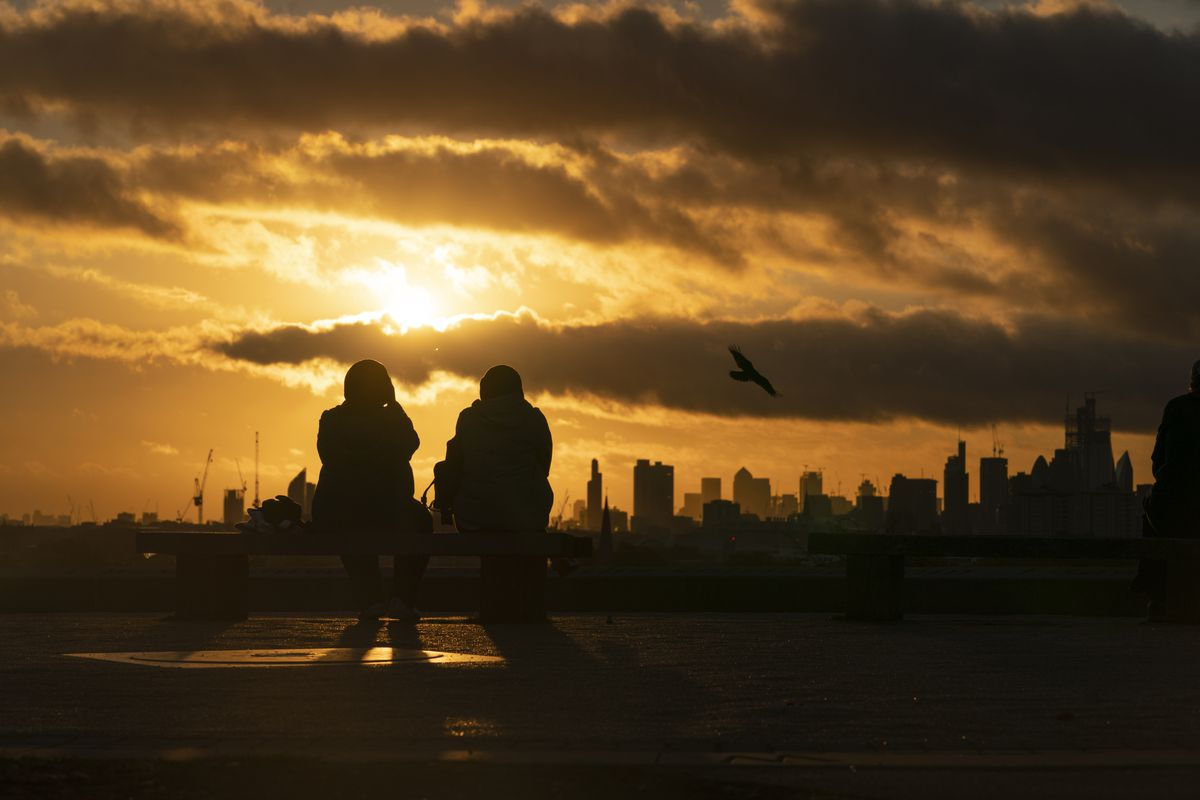 October Temperatures Remain Unseasonably High