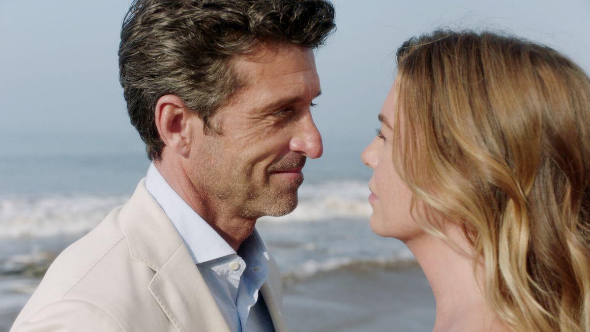 Meredith et Derek se séparent avec un adieu affectueux sur la plage mystique.