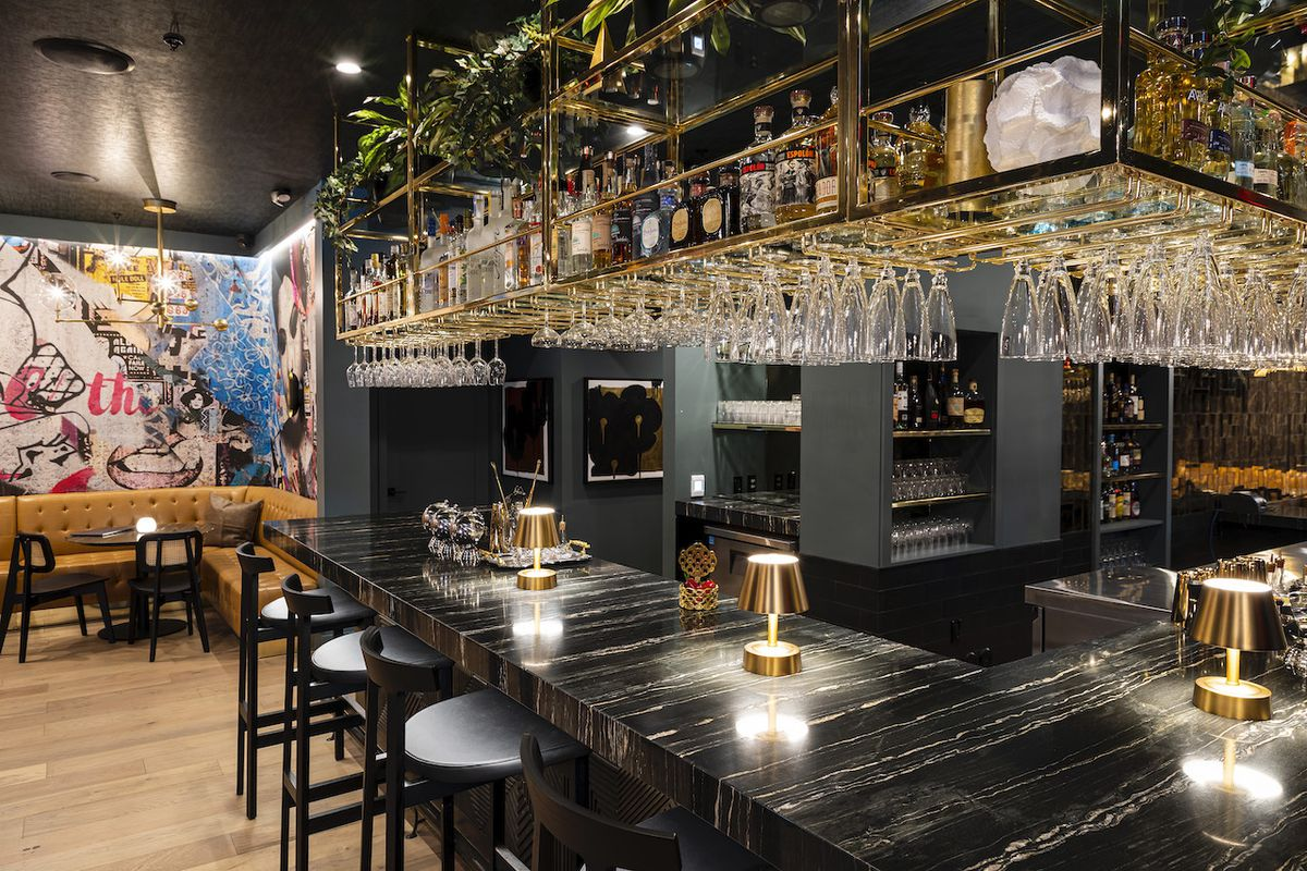 sbe's S Bar in Brentwood, California