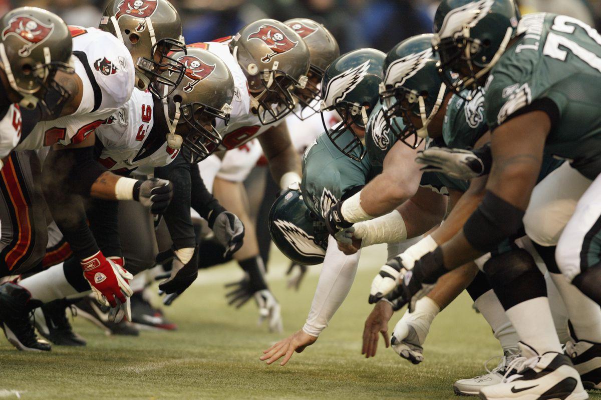 Buccanneers defense v Eagles offense