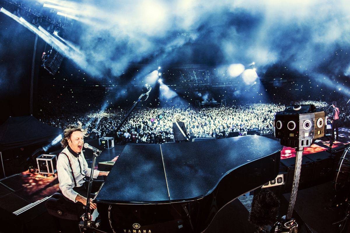 Watch Paul McCartney perform in virtual reality with a new
