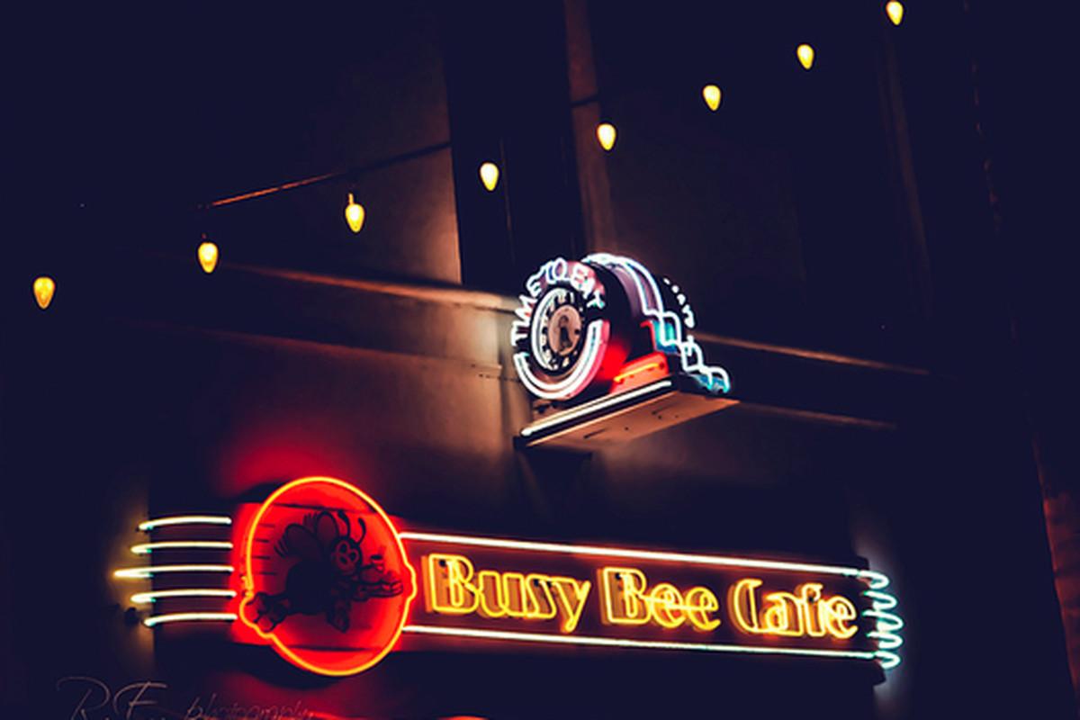 Busy Bee Cafe, Ventura.