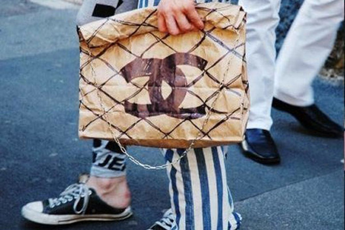 """Chanel paper bag via <a href=""""http://www2.hintmag.com/post/from-the-interwebfacetwittosphere--may-24-2010?utm_source=feedburner&amp;utm_medium=feed&amp;utm_campaign=Feed%3A+hintmag+%28Hint+Blog%29&amp;utm_content=Google+Reader"""">Hint</a>"""