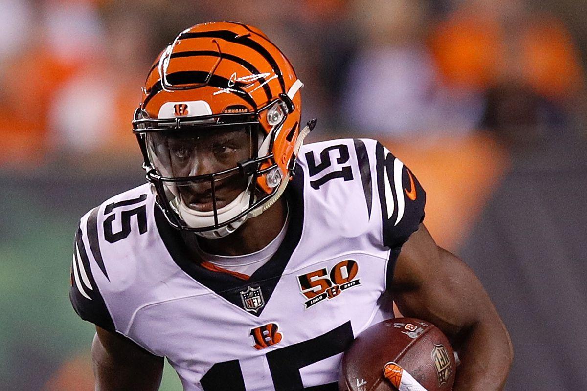 Cincinnati Bengals at Green Bay Packers injury report John Ross