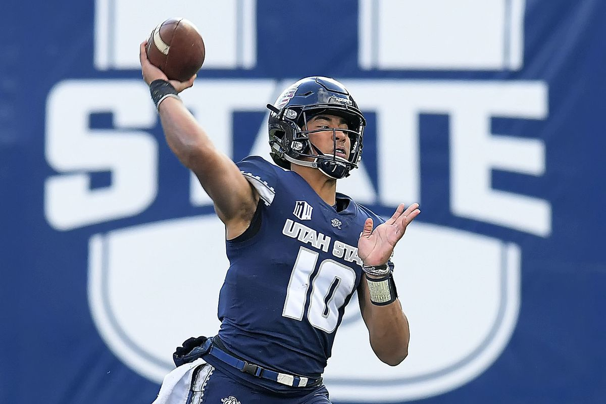 Jordan Love stands 6-foot-4 and weighs 224 pounds has been compared to Kansas City's young superstar Patrick Mahomes by various national experts throughout the predraft process.