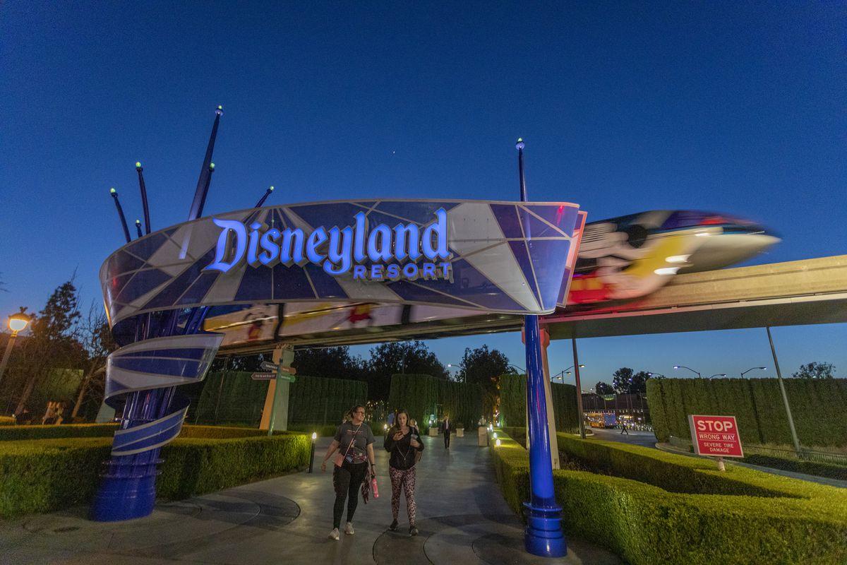 Disneyland Anaheim To Close Until April As Coronavirus Fear Spreads Eater La