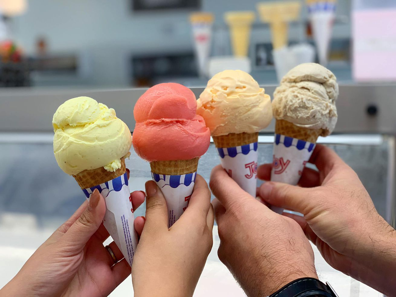 ice cream cones in hand fosselmans