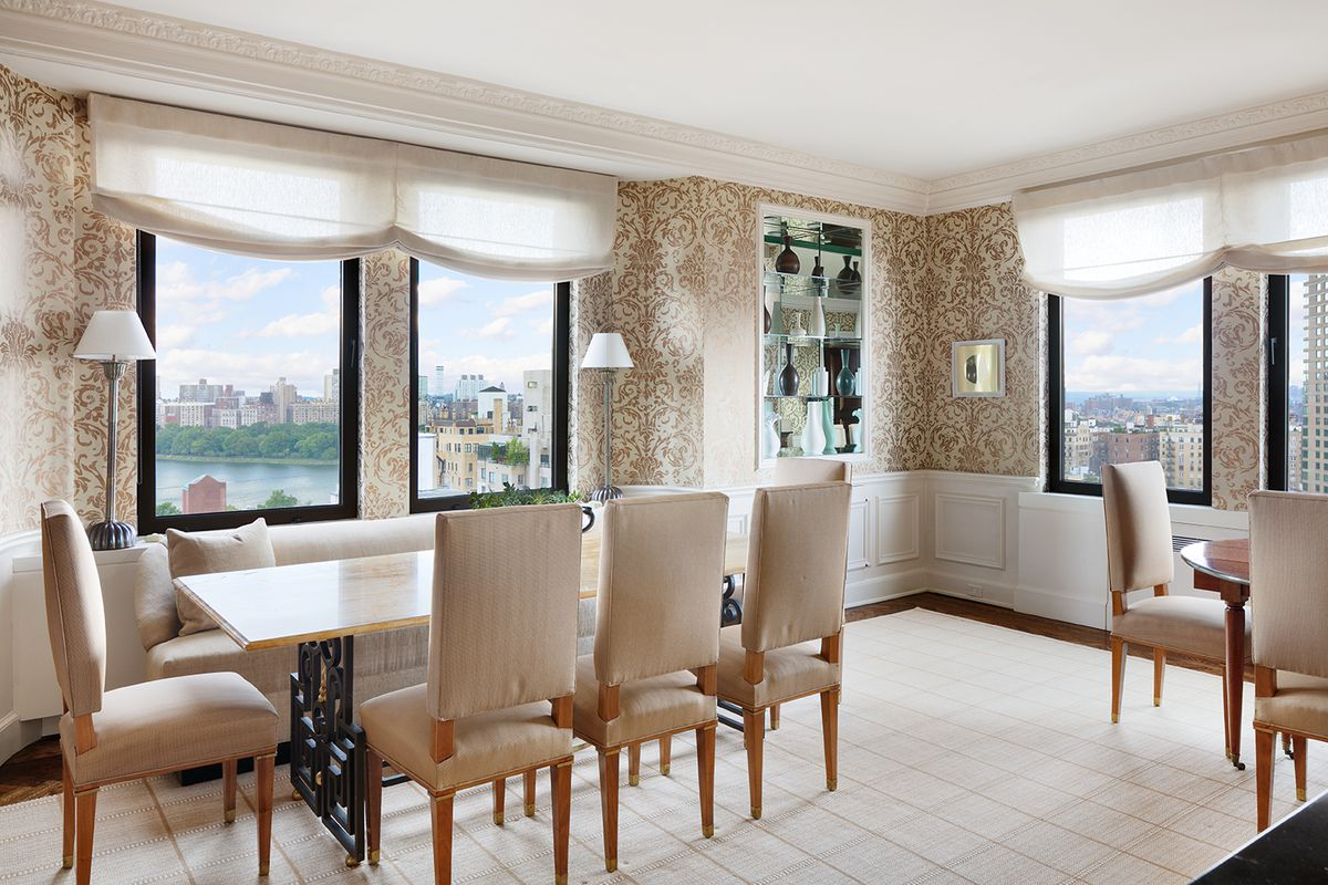 For 25m A Revamped Upper East Side Penthouse With Its Own Water