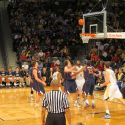Tech Setting Up for an Offensive Rebound