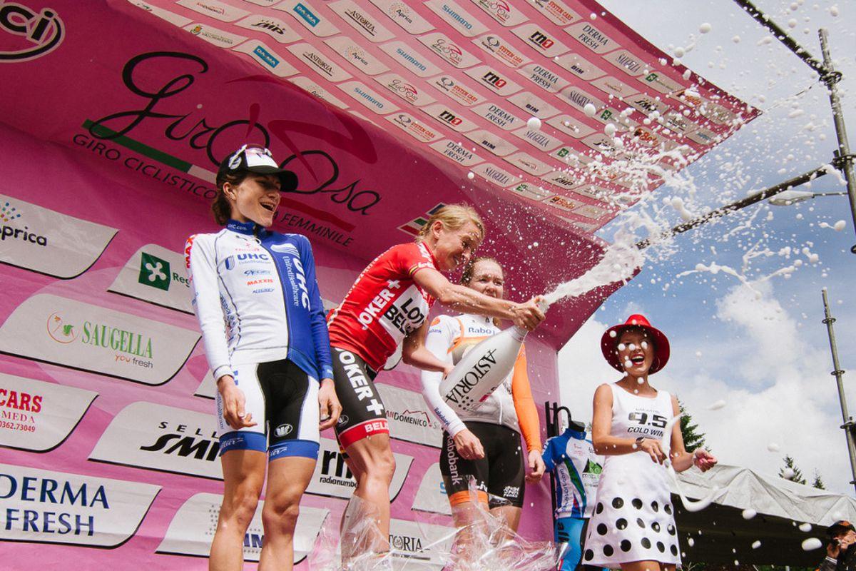 Emma Pooley on the podium, Giro Rosa Stage 8