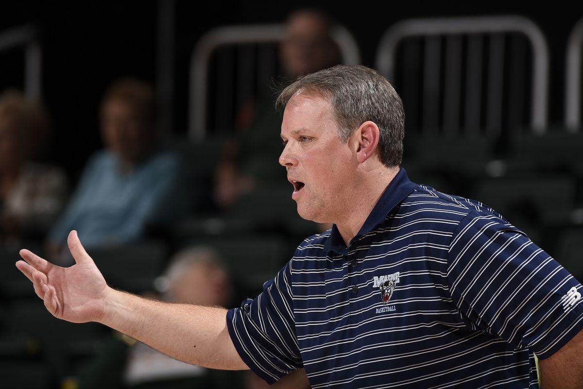 NCAA BASKETBALL: DEC 20 Women's - Miami Holiday Tournament - Maine at Miami