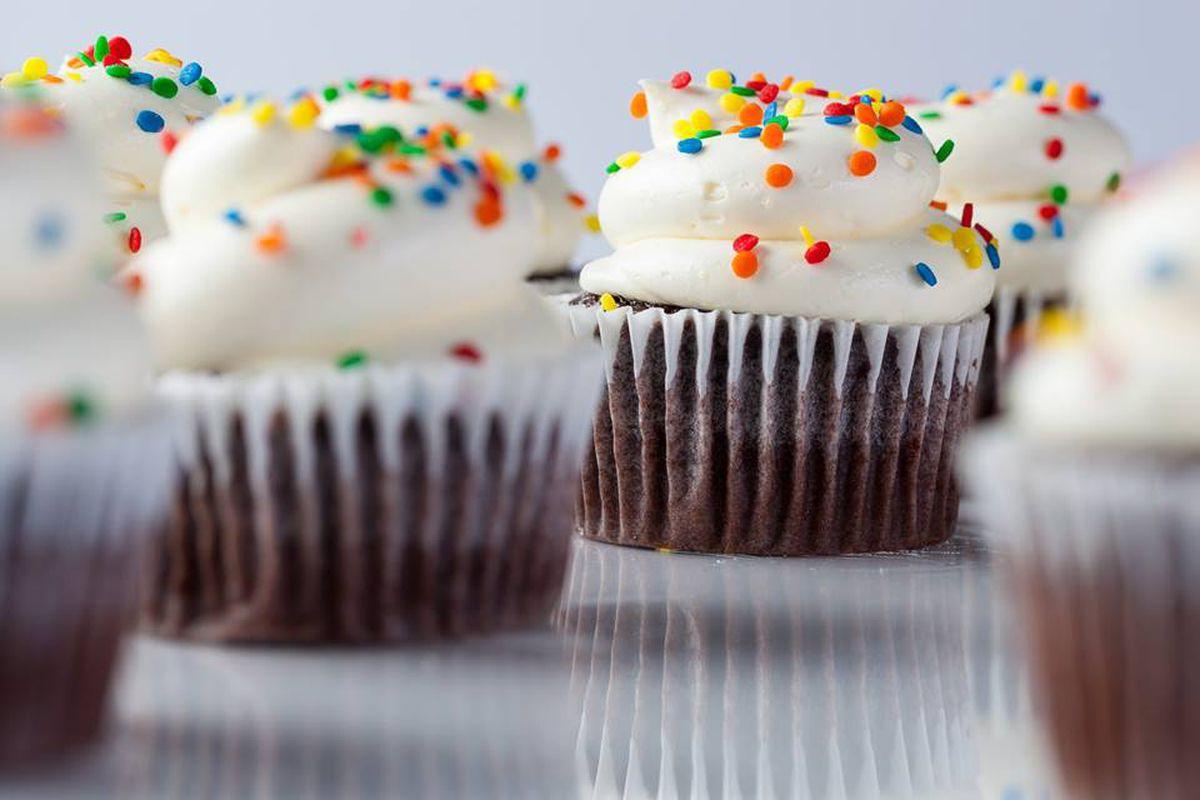 Vanilla cupcakes at Freed's Bakery