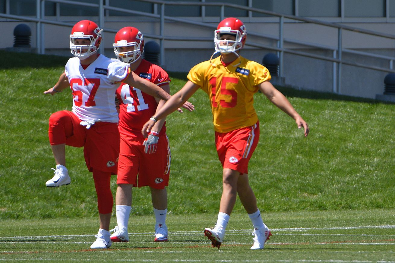 5a4f9312947 Can Patrick Mahomes Bust the Ghost of Roger Staubach? - Arrowhead Pride