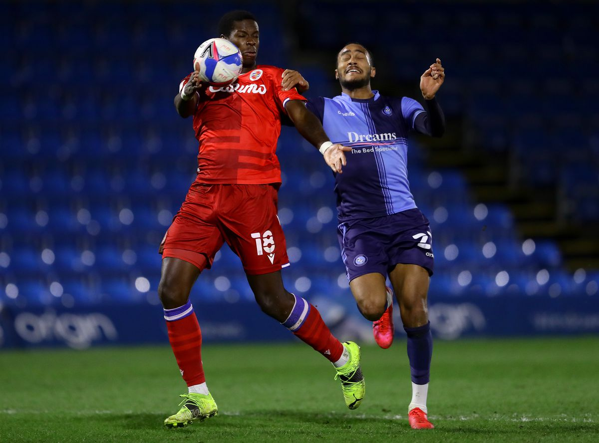 Wycombe Wanderers v Reading - Sky Bet Championship