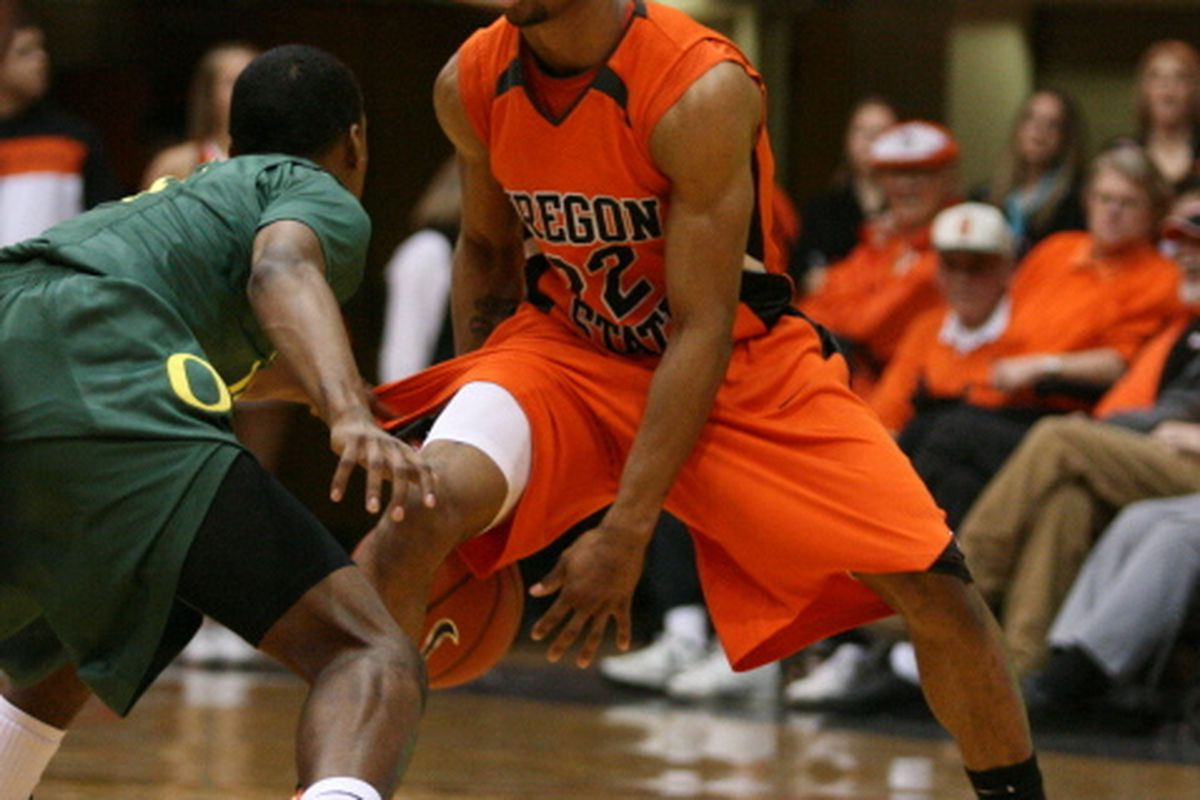 Calvin Haynes and the Oregon State veterans appear ready to start Pac-10 play on a high note. (Photo by Ethan Erickson)