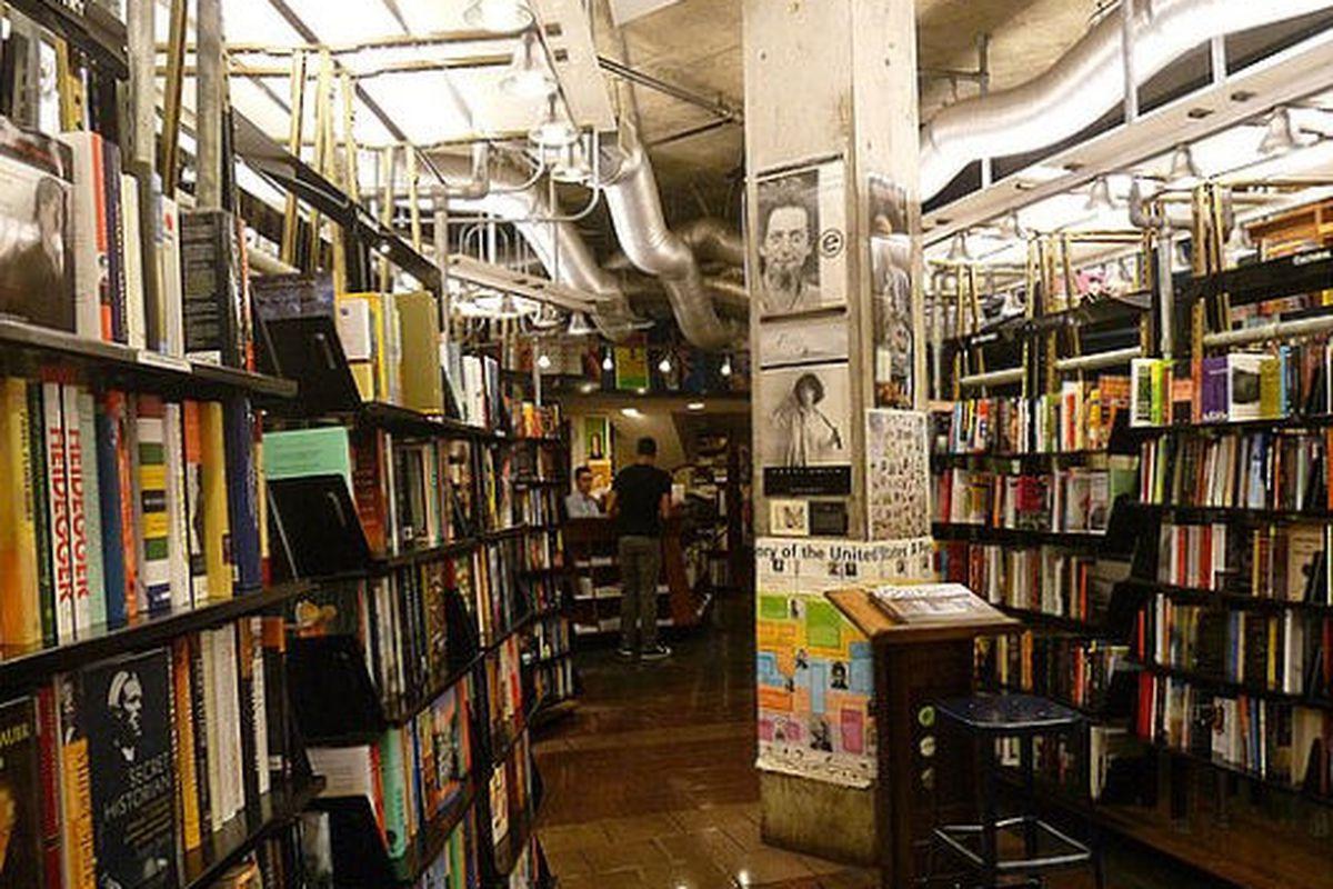 """Image via <a href=""""http://nyc.popsugar.com/Best-NYC-Bookstores-18256174?page=0%2C0%2C1"""">PopSugar</a>"""