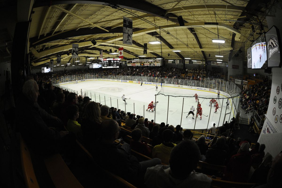 Western Michigan was able to force a split on Ice Duchene Weekend