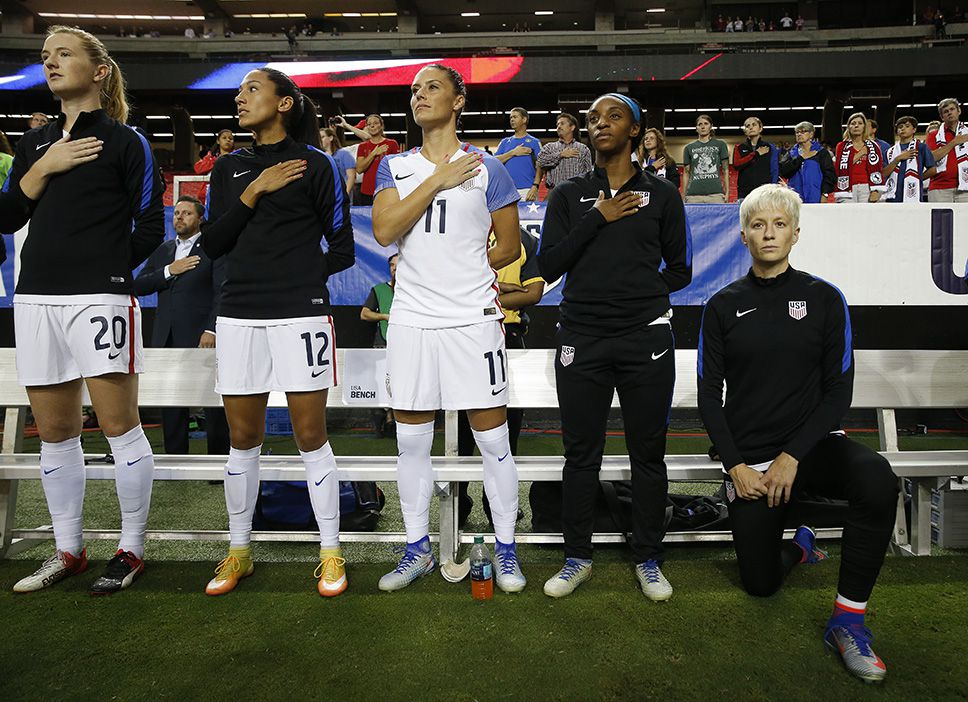 Megan Rapinoe refuses to sing the U S  national anthem - Outsports