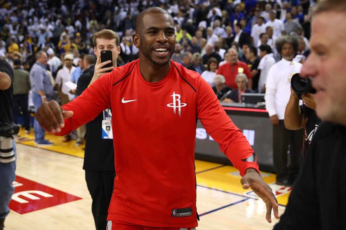 Rockets' Chris Paul Could Miss Month With Knee Issue