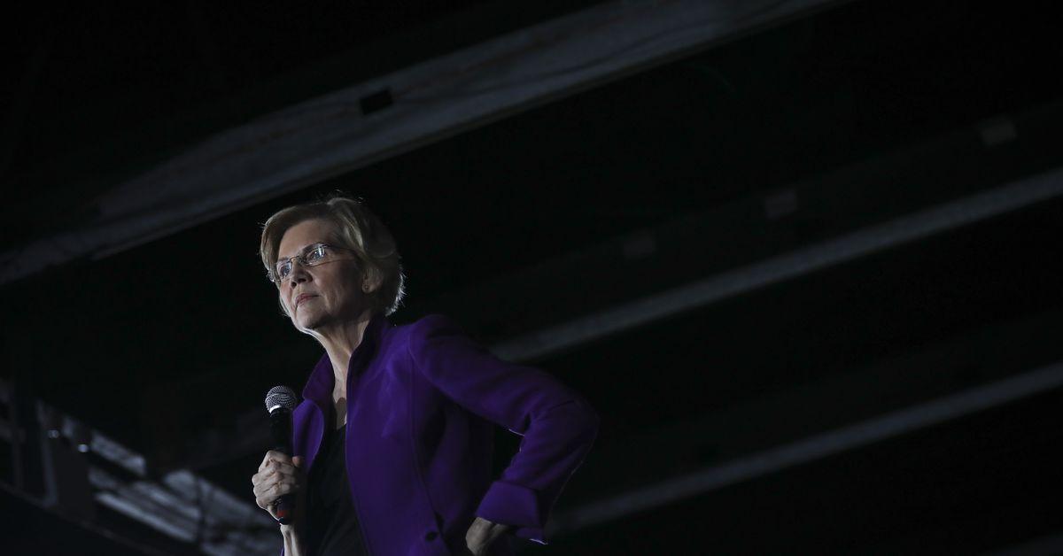 Elizabeth Warren wants to break up Apple, too