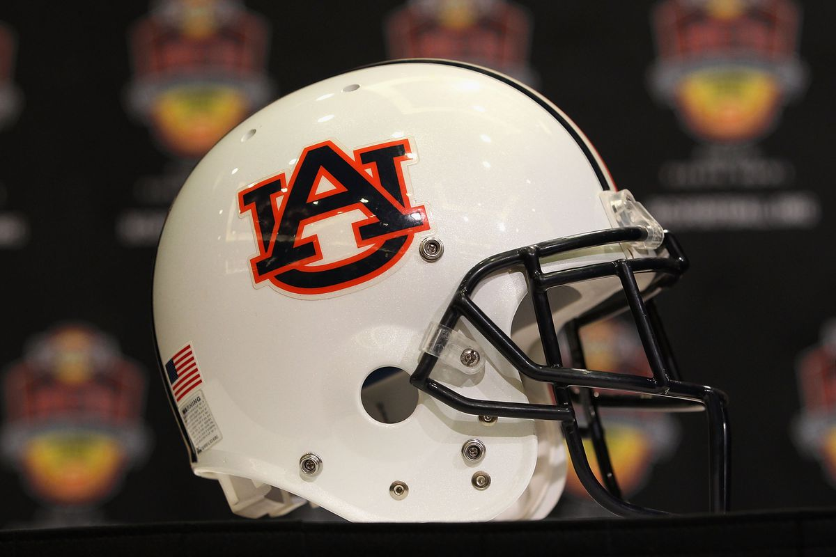 Auburn to Investigate Allegations of Tutor Taking Exam for Football Player