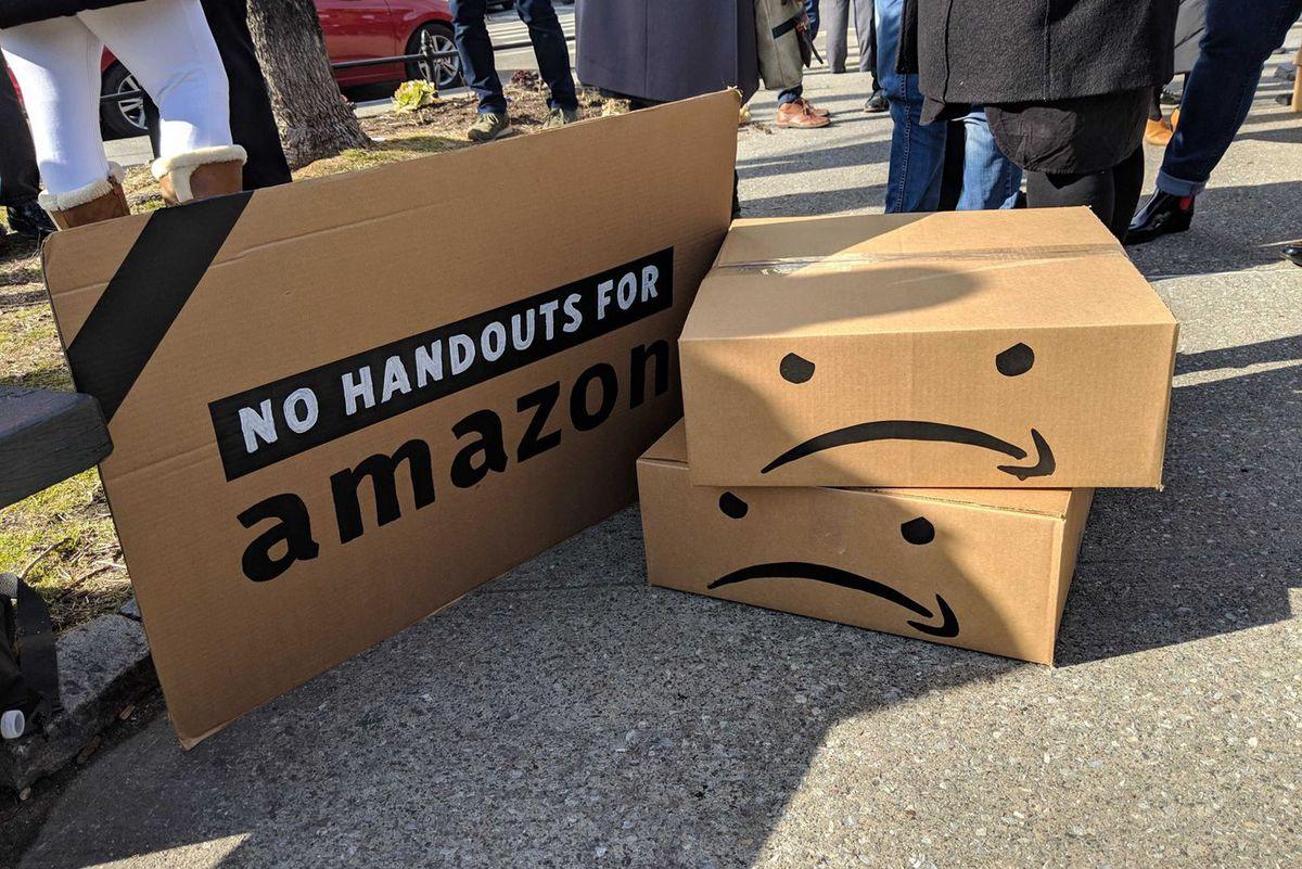 Amazon H2Q protest