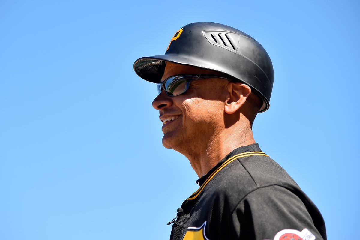 Joey Cora a candidate for Mets bench coach