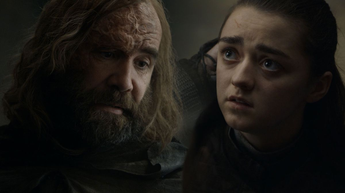Game of Thrones S08E05 the hound and arya in the map room