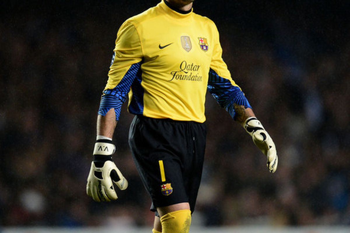 Despite making several questionable plays, Valdes still won the Zamora Trophy for the best goalkeeper of the season.