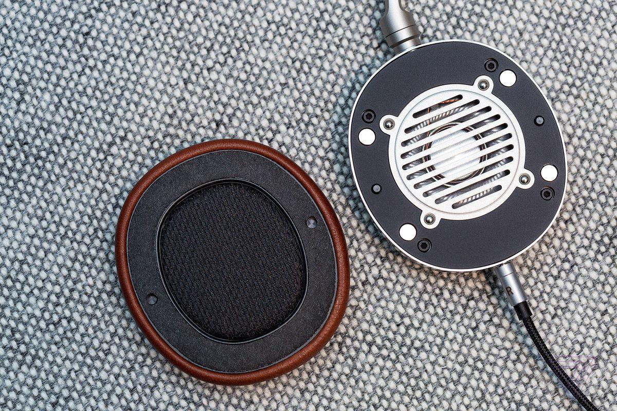 Shinola Canfield Over-Ear headphones, earpiece