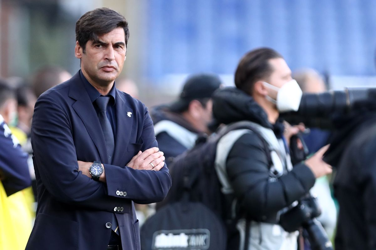 Paulo Fonseca head coach of As Roma look on before the...