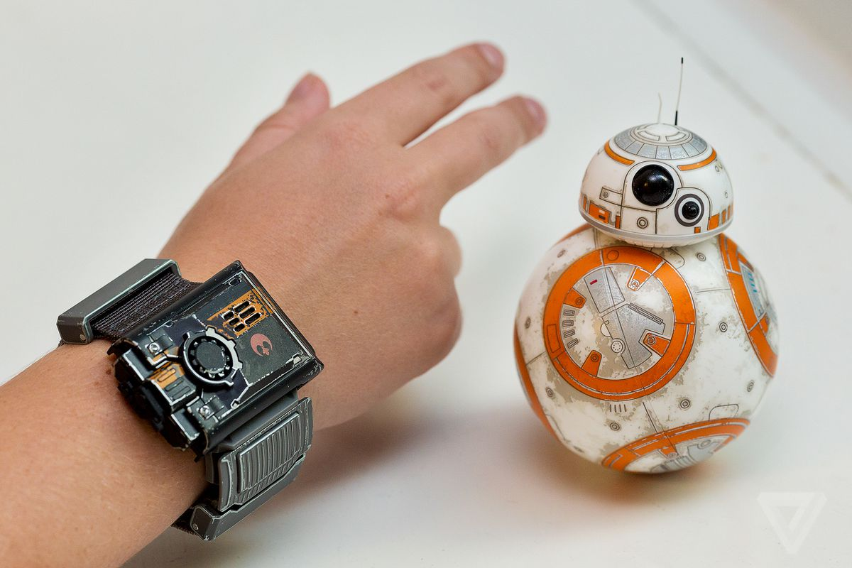 Your Bb 8 Will Never Age Because It Has Software Updates The Verge Bb8 Star Wars Special Edition Bundle By Sphero App Enabled Droid Maybe Feared That Driving Around Wasnt Enough Of A Hook To Get People Buy Force Band So Company Created Separate Game In Its