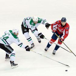 Burakovsky Passes Under Pressure