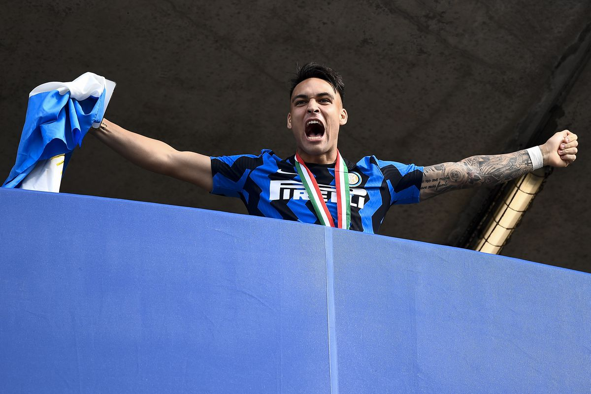 Lautaro Martinez of FC Internazionale celebrates during the...