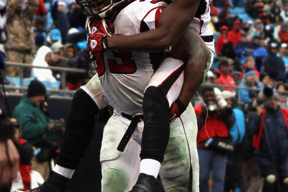 Next, Turner will carry Roddy White into the end zone for a score.