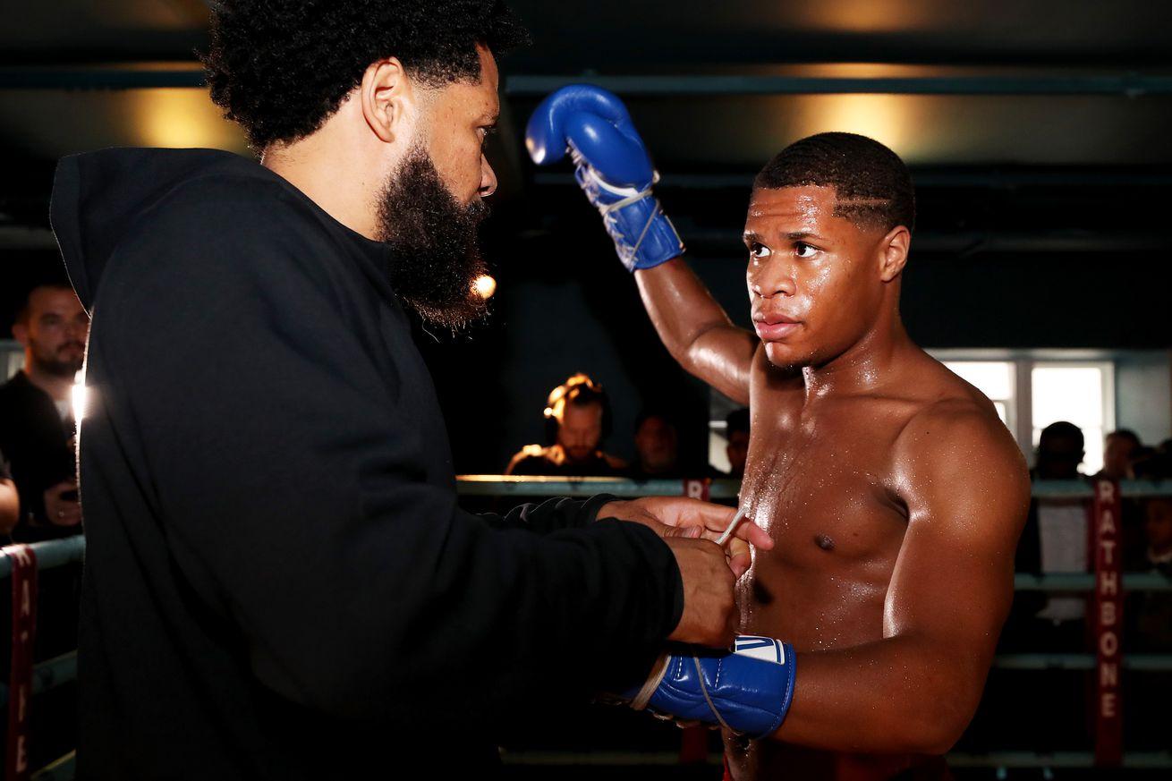 1177429023.jpg.0 - Boxing TV schedule for Nov. 3-7