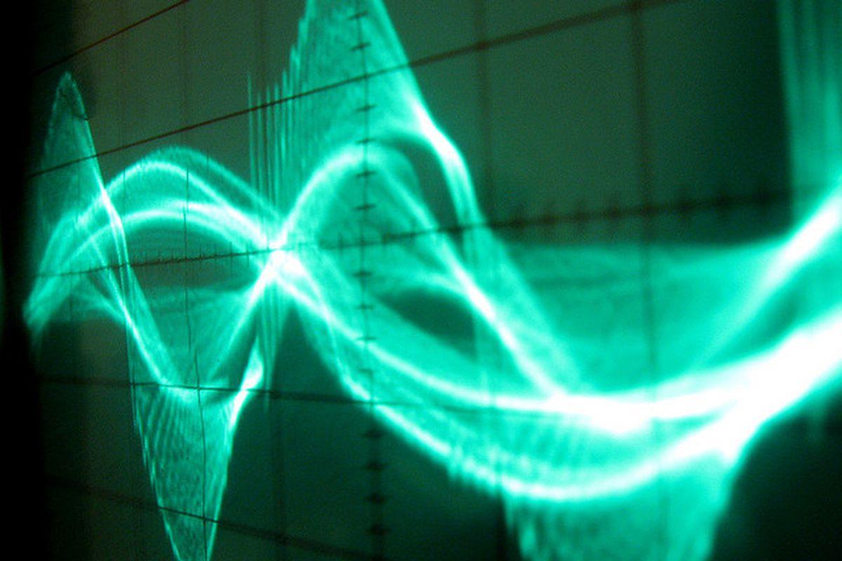 Waveform by Michael Altemark (Flickr)