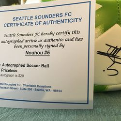 Ball signed by Nouhou