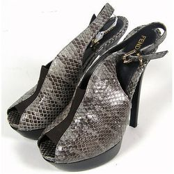 "<a href=""http://www.ebay.com/itm/ws/eBayISAPI.dll?ViewItem&item=221075421650#ht_2481wt_1179"">Fendi Snakeskin Peep Toe Platform Heels</a>. Current Bid: $66.85"