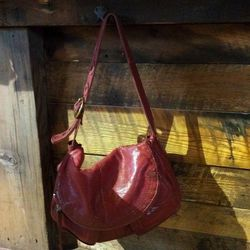 """Purse hooks have been installed at the bar (somewhat of <a href=""""https://twitter.com/heydaympls/status/446009273571500032"""">an inside joke</a> between Heyday and The Strip Club's Tim Niver on Twitter)"""