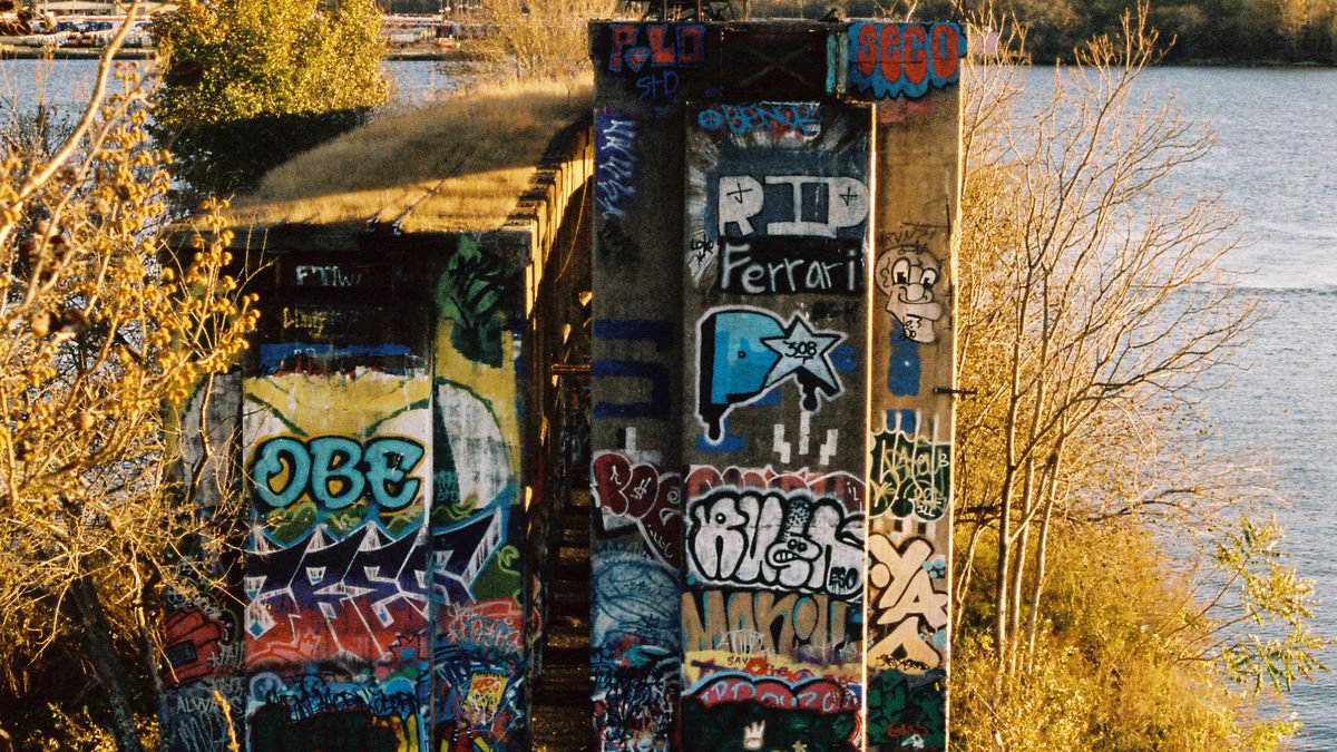 can graffiti pier s enduring allure last curbed philly