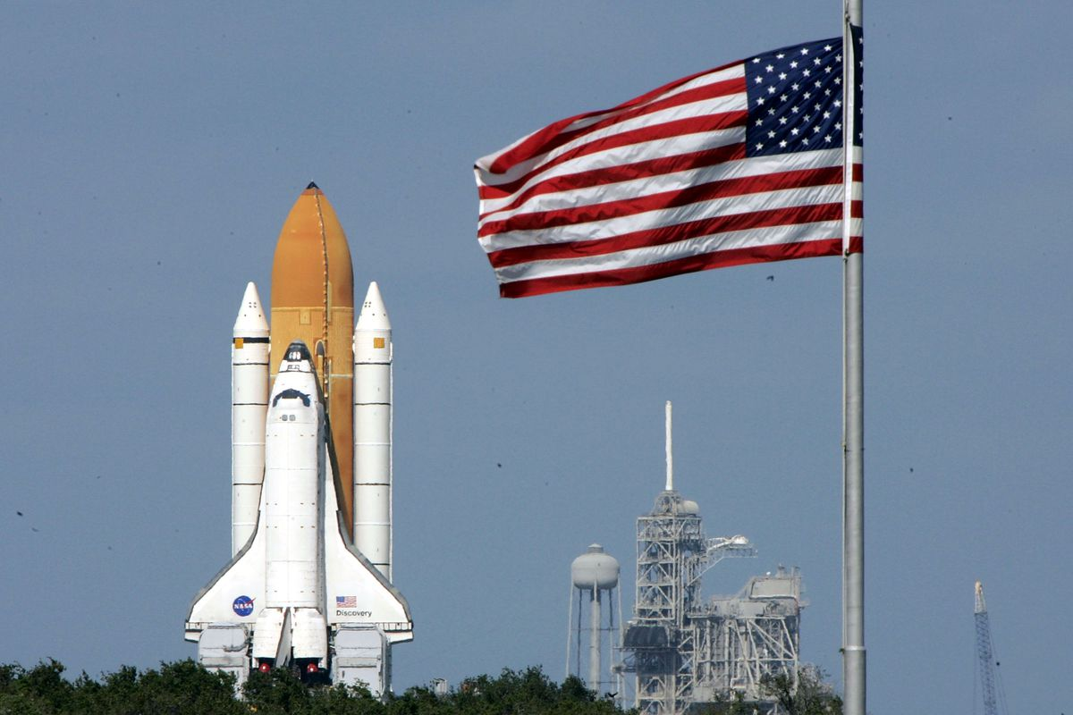 Space Shuttle Discovery Moved To Launch Pad