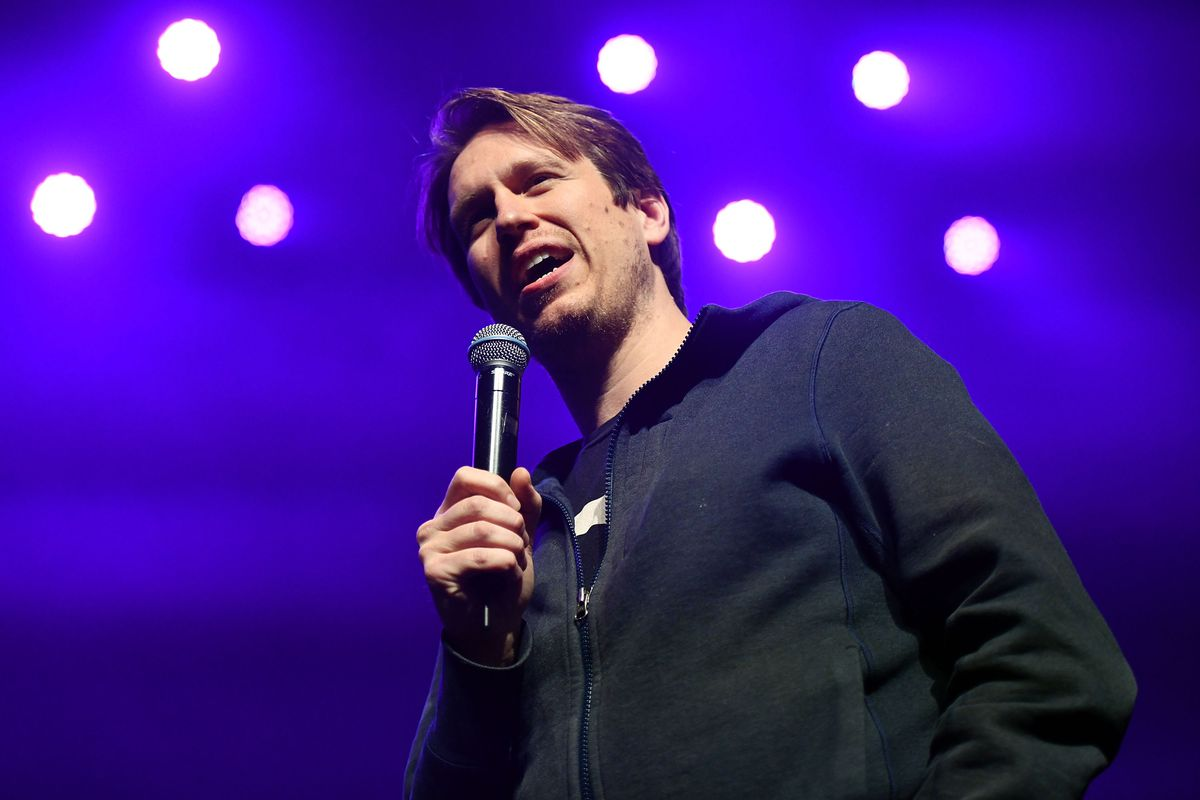 Justin Long And CHVRCHES Hosts 'A Holiday Variety Show'