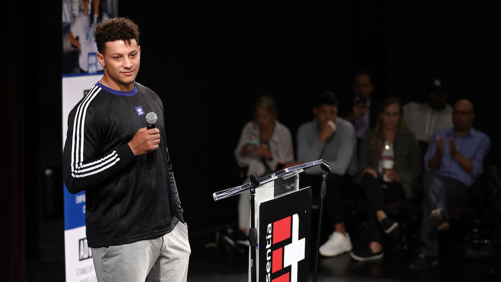 Photo Gallery: Patrick Mahomes speaks to kids in Los Angeles